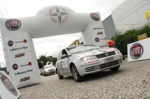 Largada acontece a cada 1 minuto, em frente à Concessionária Fiat parceira.